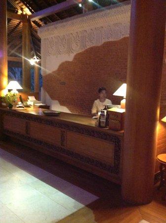 The Hotel at Tharabar Gate : RECEPTION
