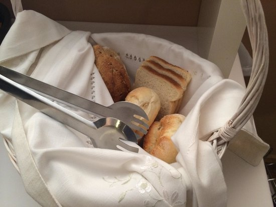 Et du pain frais photo de o 39 porto seven guest house for Congeler du pain frais