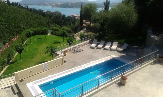 Thealos Village : The pool