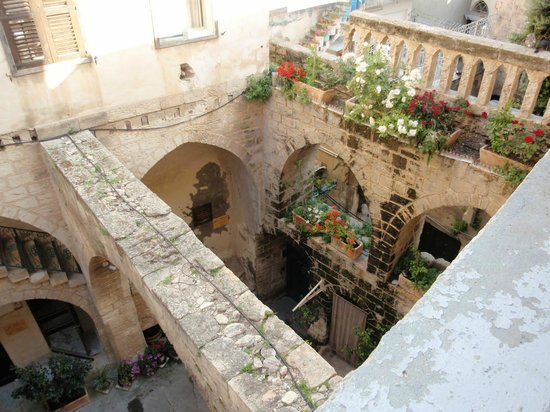 The Fauzi Azar Inn: In the inn's courtyard, which the rooms wrap around
