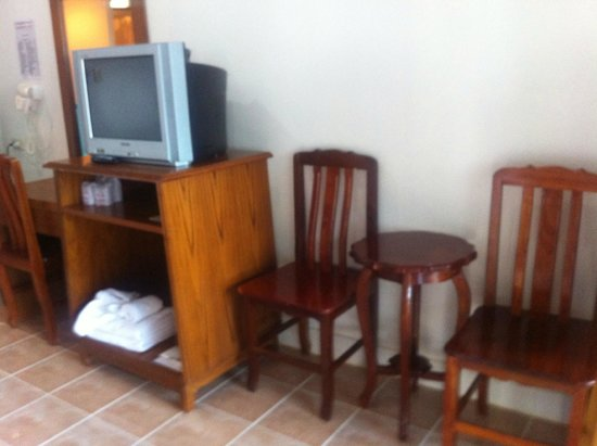 Amata Patong : Old Furniture