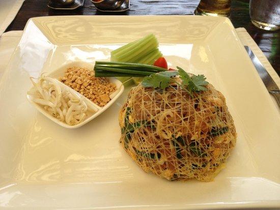 Paradee Resort & Spa Hotel: Блюдо из тайского меню- очень вкусно!