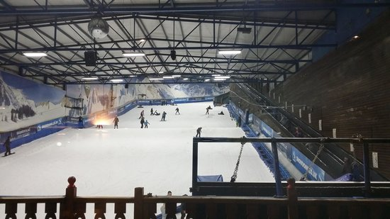 SnowDome: The Slope