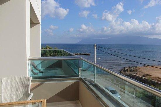 Nautilus Bay Hotel : Вид с балкона