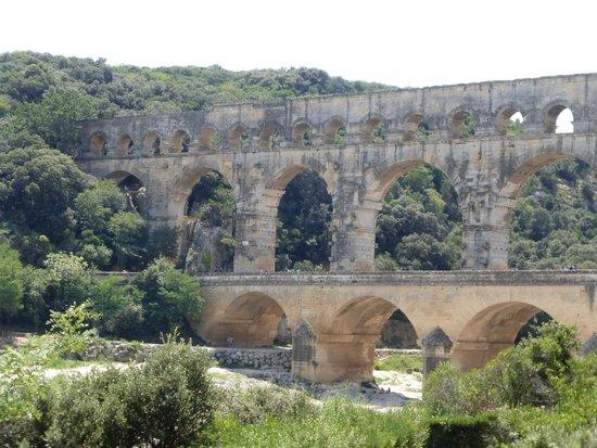 Hotel de L'Amphitheatre : Pont Du Gard