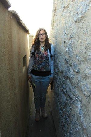 Dunguaire Castle: Io quasi incastrata nel camminamento in cima al castello