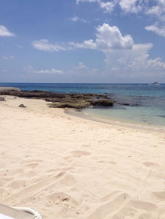Presidente Inter-Continental Cozumel Resort & Spa: Lovely beach