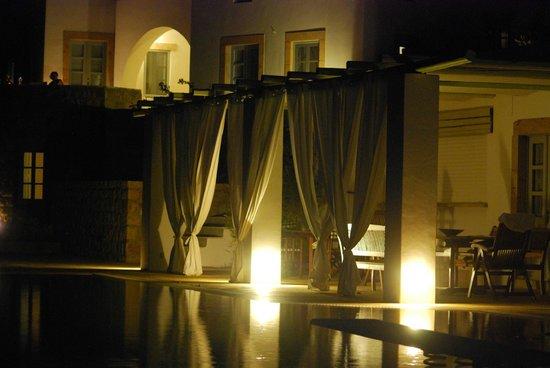 Onar Patmos: View of the pool bar at night