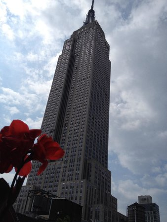 Hotel Metro : Proximity to Empire State on rooftop terrace