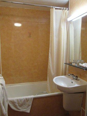 Bayswater Inn: Bagno della seconda stanza