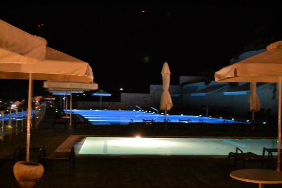 Kefalonia Bay Palace : Pool in the evening