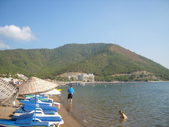 Icmeler Beach: пляж