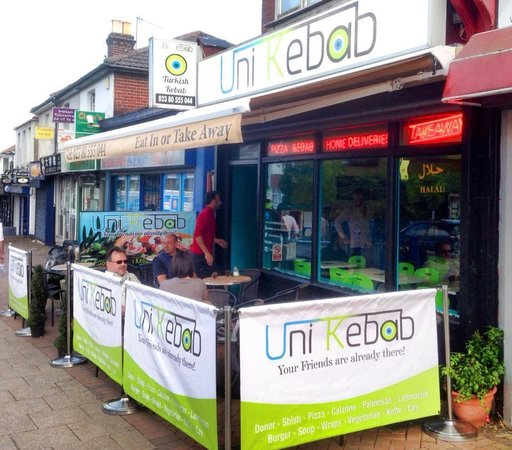 Uni Kebab : Our new Outside area