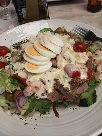 Pizzeria Picasso: Tuna salad