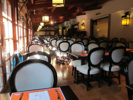 Zafiro Rey don Jaime: ресторан