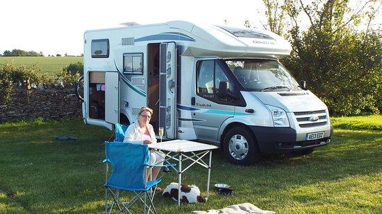 West Fleet Holiday Farm Campsite: Enjoying the evening sun