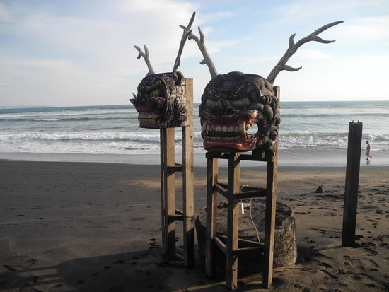 Hotel Tugu Bali : At the beach