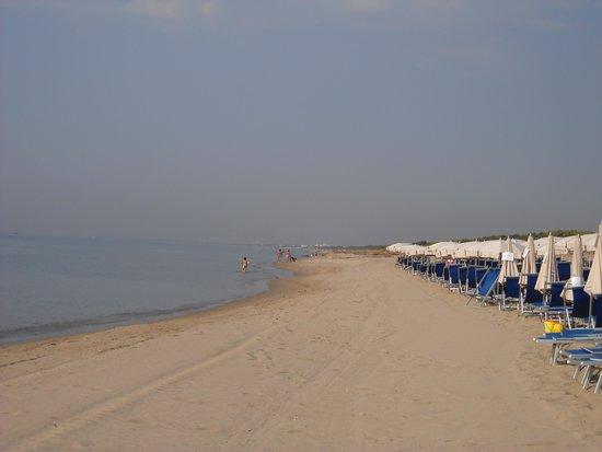 Calane Hotel Village: spiaggia
