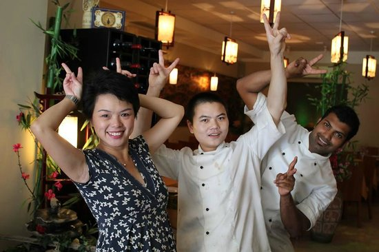 Ping's Dining: Ping with chefs Bobo and Sunu