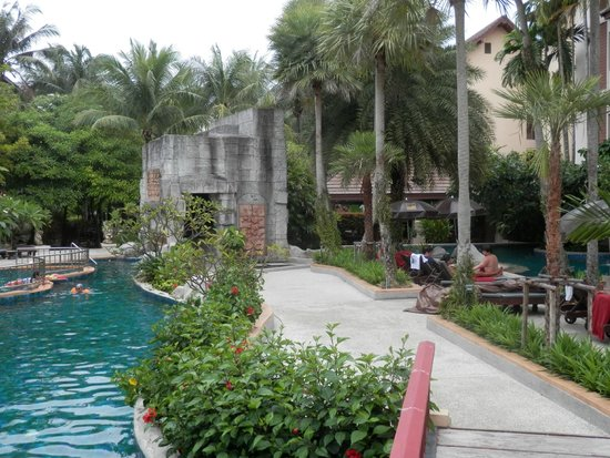 Kata Palm Resort & Spa : pool area
