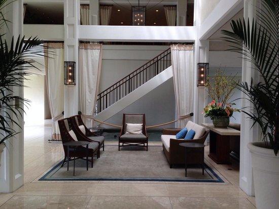 Halekulani Hotel: Lobby