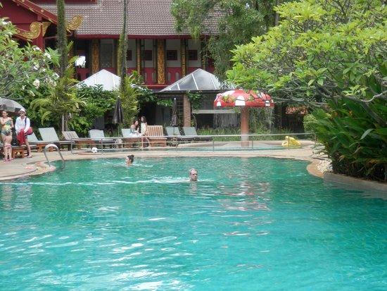 Kata Palm Resort & Spa: lagoon and kiddie pool
