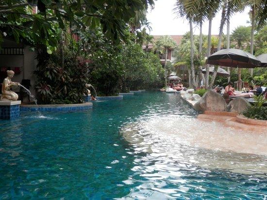 Kata Palm Resort & Spa : great pool!