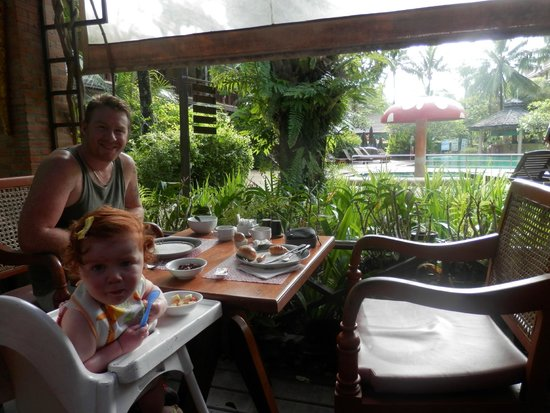 Kata Palm Resort & Spa : breakfast time
