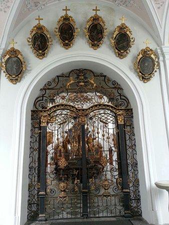 Abbaye de Stams: Interno basilica