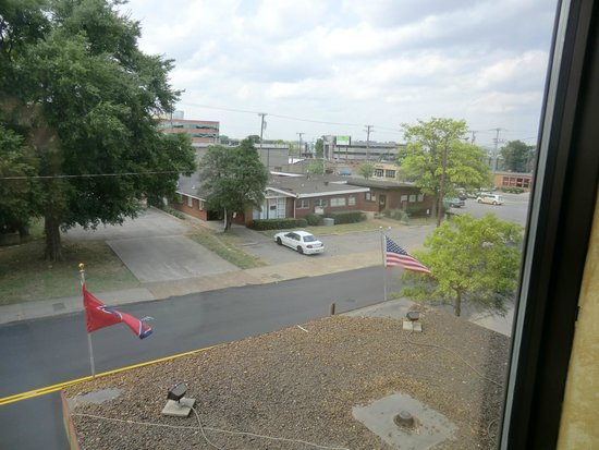 GuestHouse Inn & Suites Nashville/Vanderbilt: view from my room