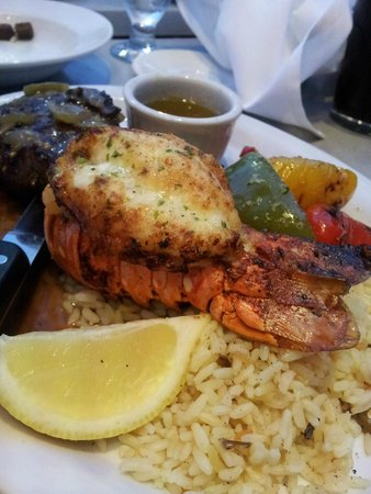 Firegrill Restaurant & Bar: Lobster is the best!