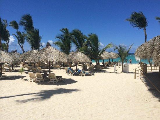 Luxury Bahia Principe Esmeralda Don Pablo Collection: Beach Area