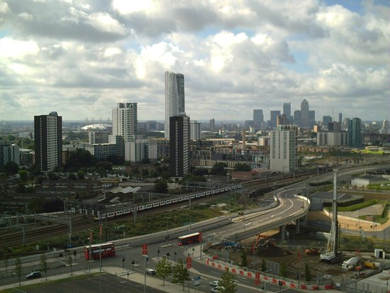 Staybridge Suites London-Stratford City: View over the city