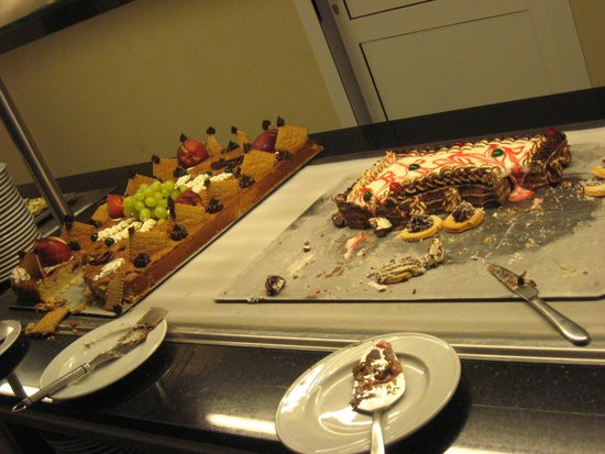 Hotel Meninx : le plus joli des gâteaux,les autres dégoulinaient de crème