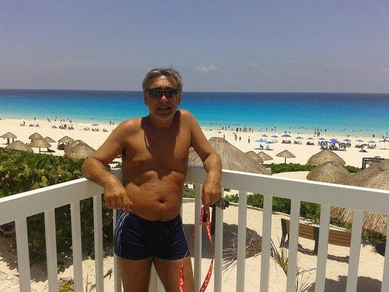 Playa Delfines (desde el mirador)