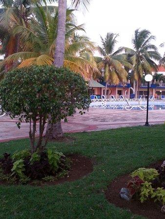 Brisas del Caribe Hotel: Picina