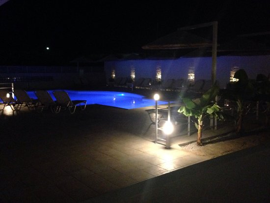 Elounda Garden Suites : Our veranta view!