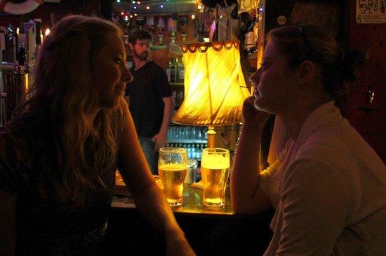 Sin e: in the pub