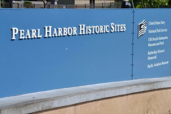 USS Arizona Memorial/WW II Valor in the Pacific National Monument : Pearl Harbor