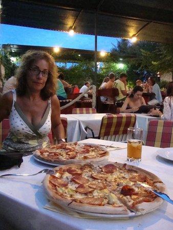 Luigi: allebei aan de pizza