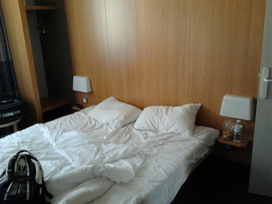 B&B Hotel Marseille Centre La Joliette: Double Room (after use)