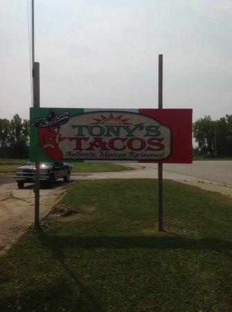Standish, MI: Tony's Tacos street sign