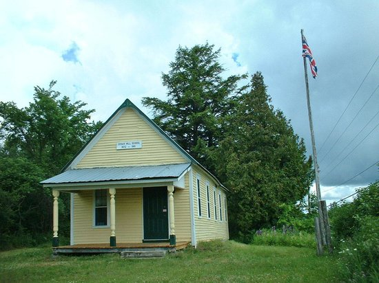 Cedar Hill School House