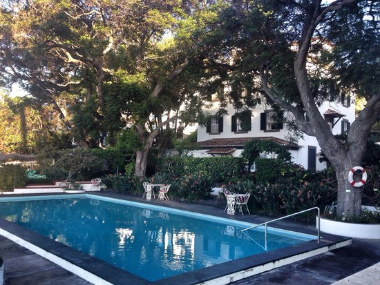 Quinta Da Penha De Franca: Pool in the garden