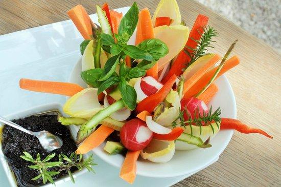 Hostellerie de l'Abbaye de Frigolet : bouquets de légumes croquants