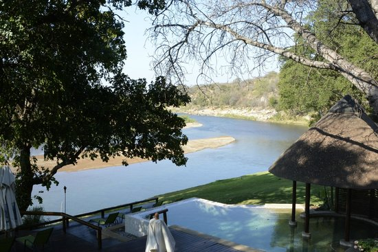 Naledi Bushcamp and Enkoveni Camp : Olifants River