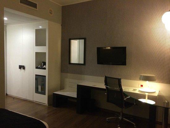 Holiday Inn Genoa City: Хороший интерьер