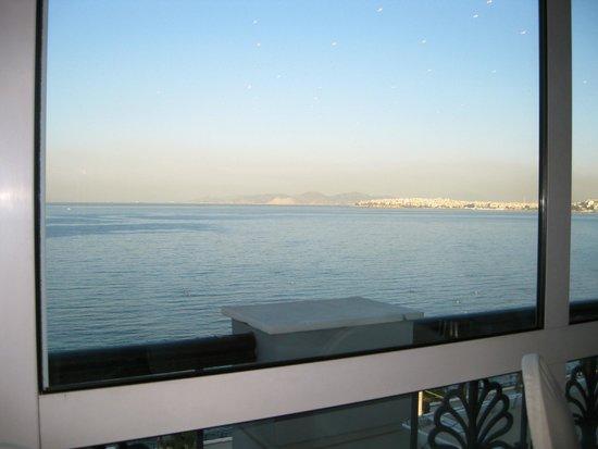 Coral Hotel Athens: Sala colazione