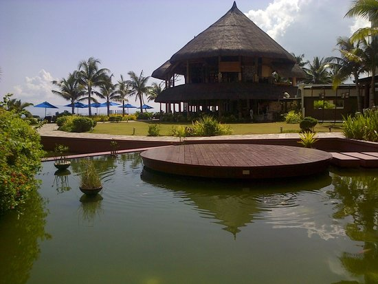 The Bellevue Resort Bohol: Dining area