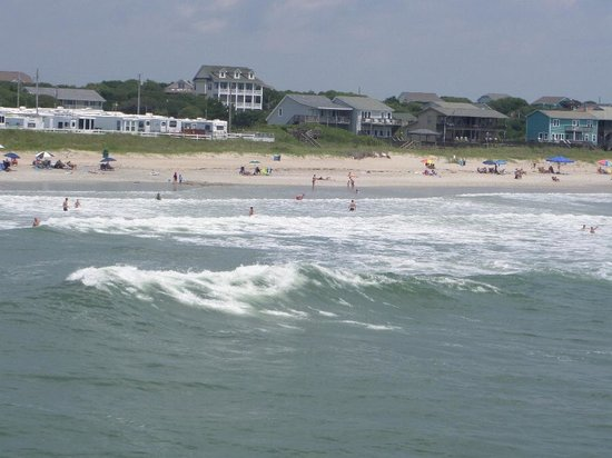 King fishing only on the very end picture of bogue inlet for Bogue inlet fishing pier emerald isle nc